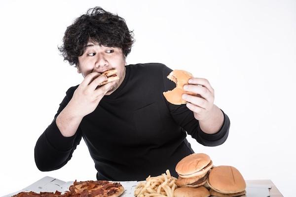 内臓脂肪が多いメタボ体質