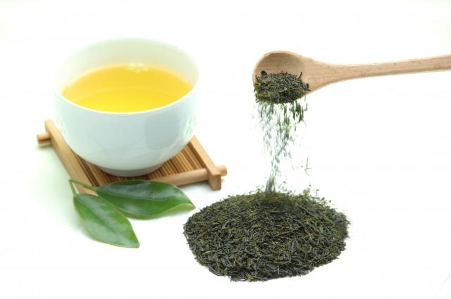 """緑茶の""""血液サラサラ""""成分"""