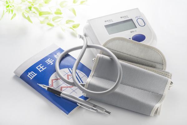 家庭での血圧測定器